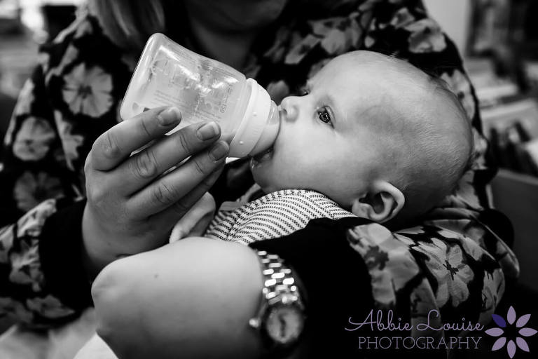 munich mom bottle feeding baby